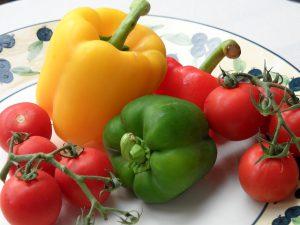 トマト パプリカ